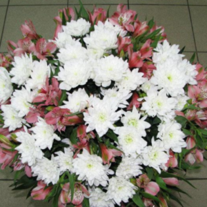 Хризантемы и альстромериии