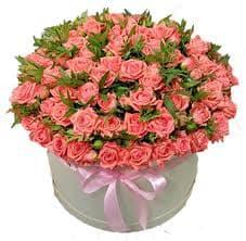 коробка из оранжевых роз