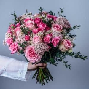 Букет из розы и гортензии