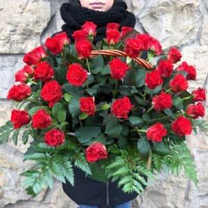 Корзина с розами Эль торо