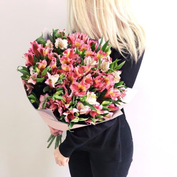 """Купить цветы """"Альстромерия"""" с доставкой"""