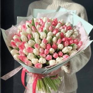 Букет тюльпанов розовых и белых