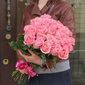 25 премиум роз