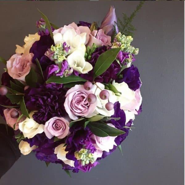 Авторский букет из нежно - розовых цветов