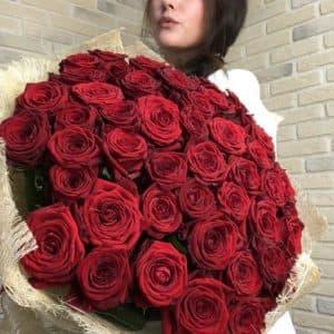 "Доставка цветов ""51 шикарная роза"""