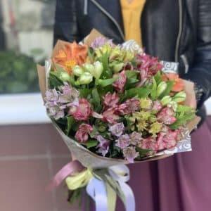"""Купить цветы """"Альстромерия"""""""