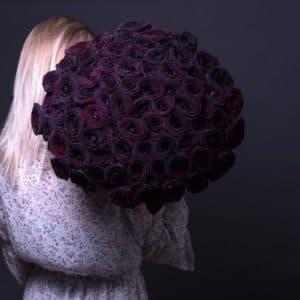 75 Черных Роз (70 см.)