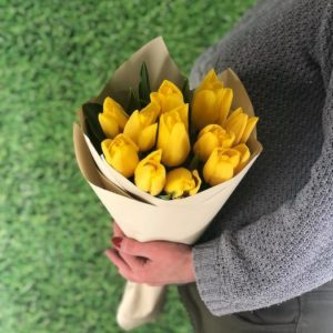Яркое солнце (11 тюльпанов)