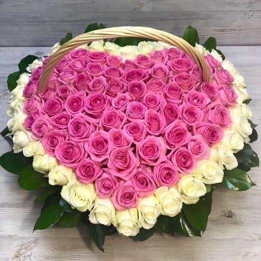 101 роза сердце в корзине