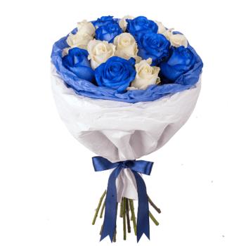 15 синих и белых роз
