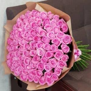 101 нежно розовая роза премиум