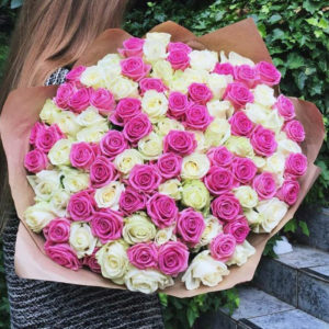 101 роза пинк MIX с розовыми оттенками