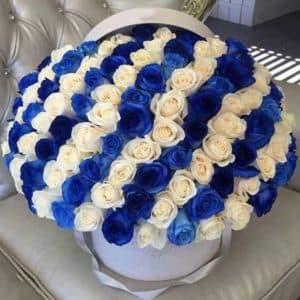 101 синяя роза в корзине