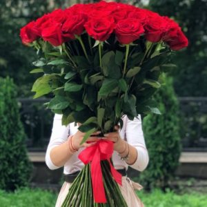 Букет 101 красная импортная роза, 80 см