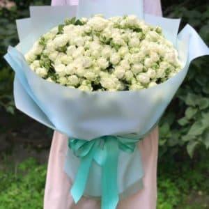 Букет 51 роза спрей Мисс Бомбастик