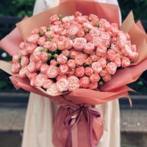Букет 51 роза спрей розовая