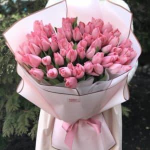 Букет 51 розовый тюльпан