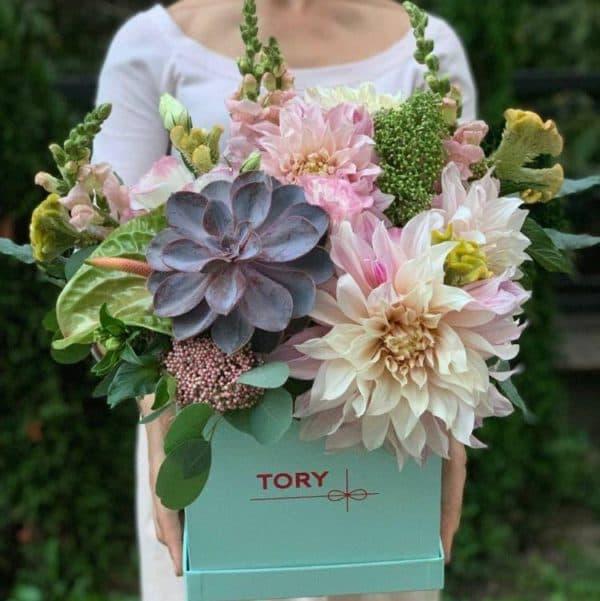 """Цветы в коробке """"Эксклюзив"""""""