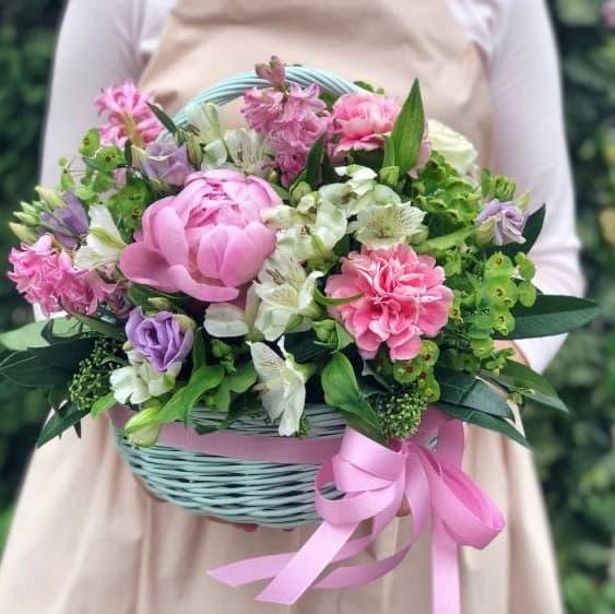 """Цветы в корзине """"Яркость дня"""""""