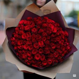 Шикарный букет из 101 красной розы премиум