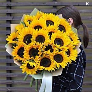 """Доставка цветов """"Солнечное поле"""""""