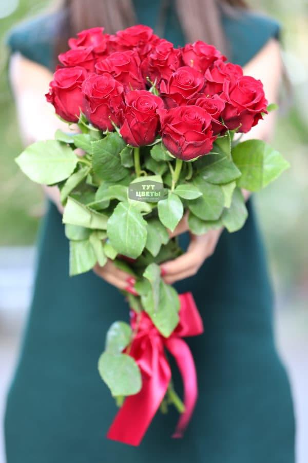 15 красных роз Эквадор