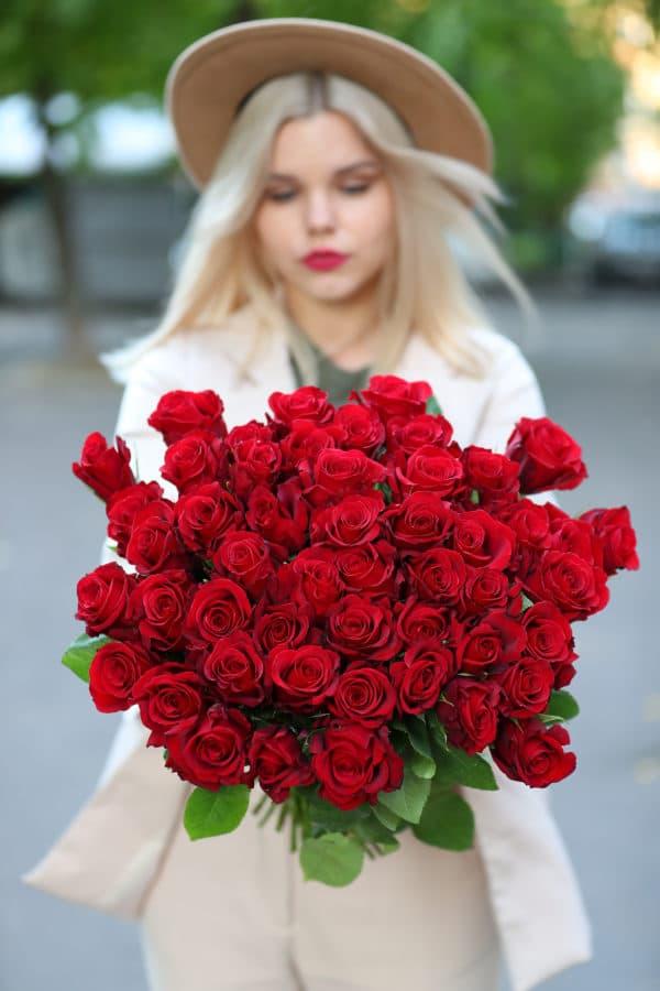 51 красная роза Эквадор