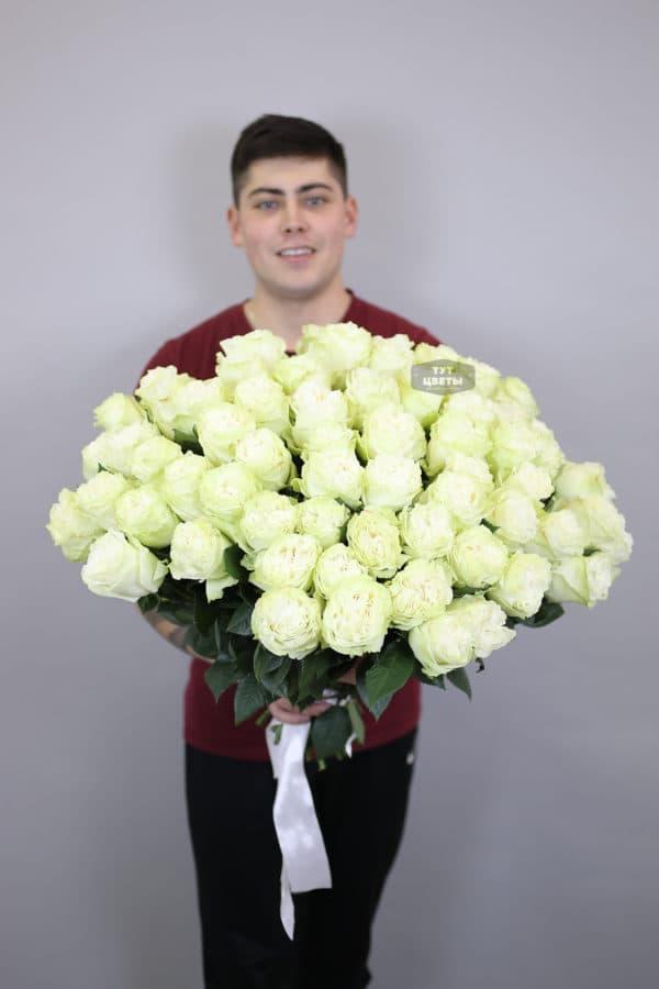 75 белых роз Эквадор