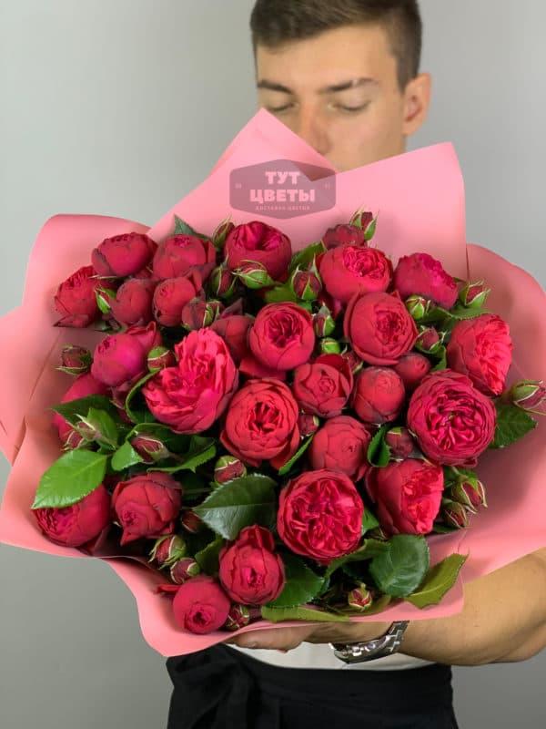 11 веток пионовидной кустовой розы Пиано
