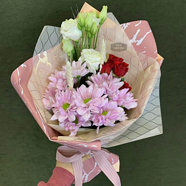 букет микс из роз и хризантем