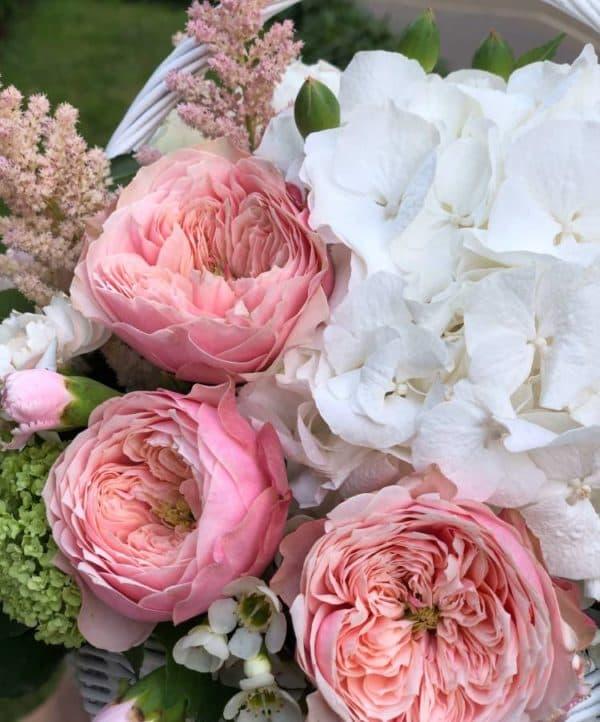 """Цветы в корзине """"Нежные воспоминания"""""""