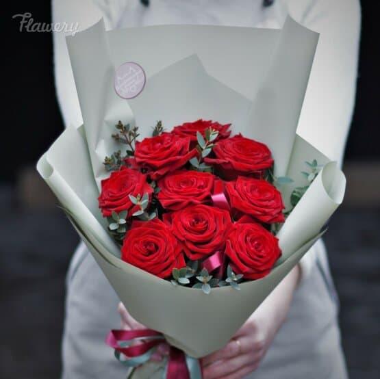 Букет-комплимент: красные розы