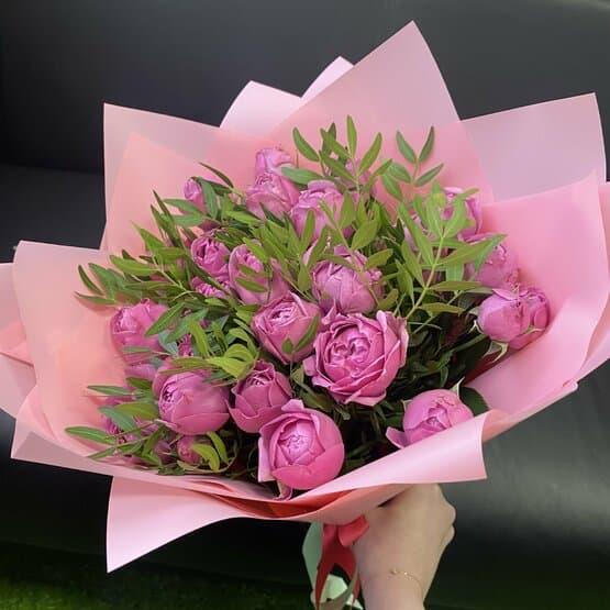 Букет из 11 пионовидных роз Мисти Баблз (40 см )