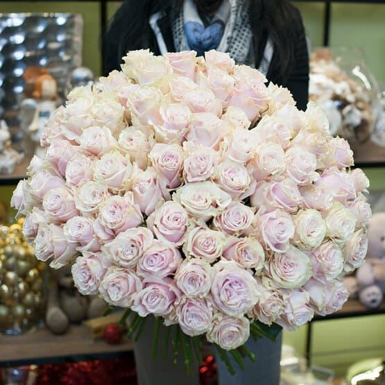 Букет из роз Мондиаль Пинк