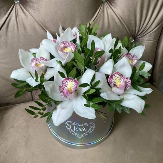 Голографическая коробка с орхидеями