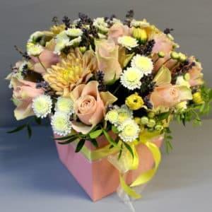 Цветы в коробке Сердце ангела