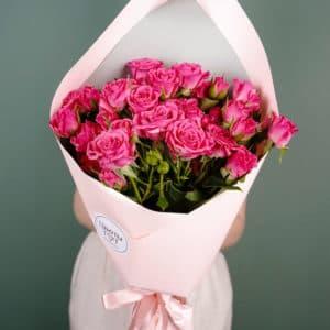 Букет из 9 кустовых роз, малиновые