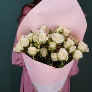 Букет из 9 кустовых роз, белые
